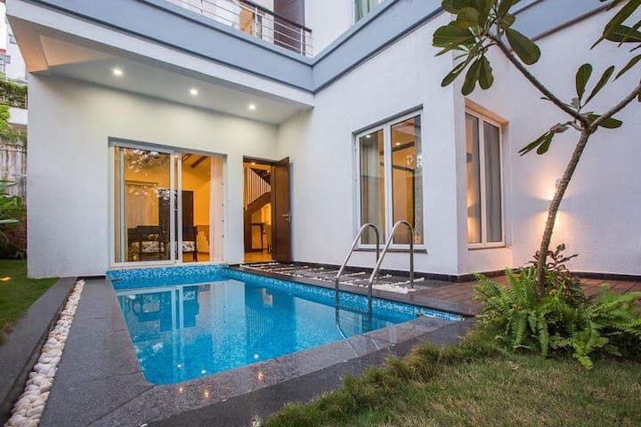 Esencia- 3BHK luxuryVilla W/ Pvt Pool @ Siolim Goa