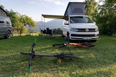 Outdoor Campervan - VW T6 California Beach