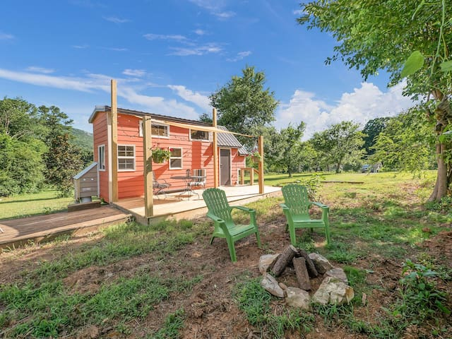 Redbud Tiny Home, Deck, Views Of Lookout Mountain