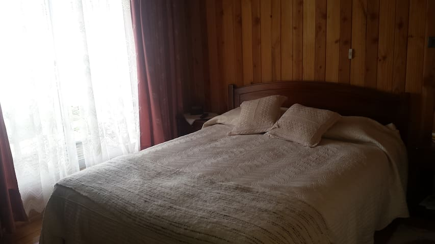 Cozy bedandbreakfast with private bathroom and TV - Dalcahue - Bed & Breakfast