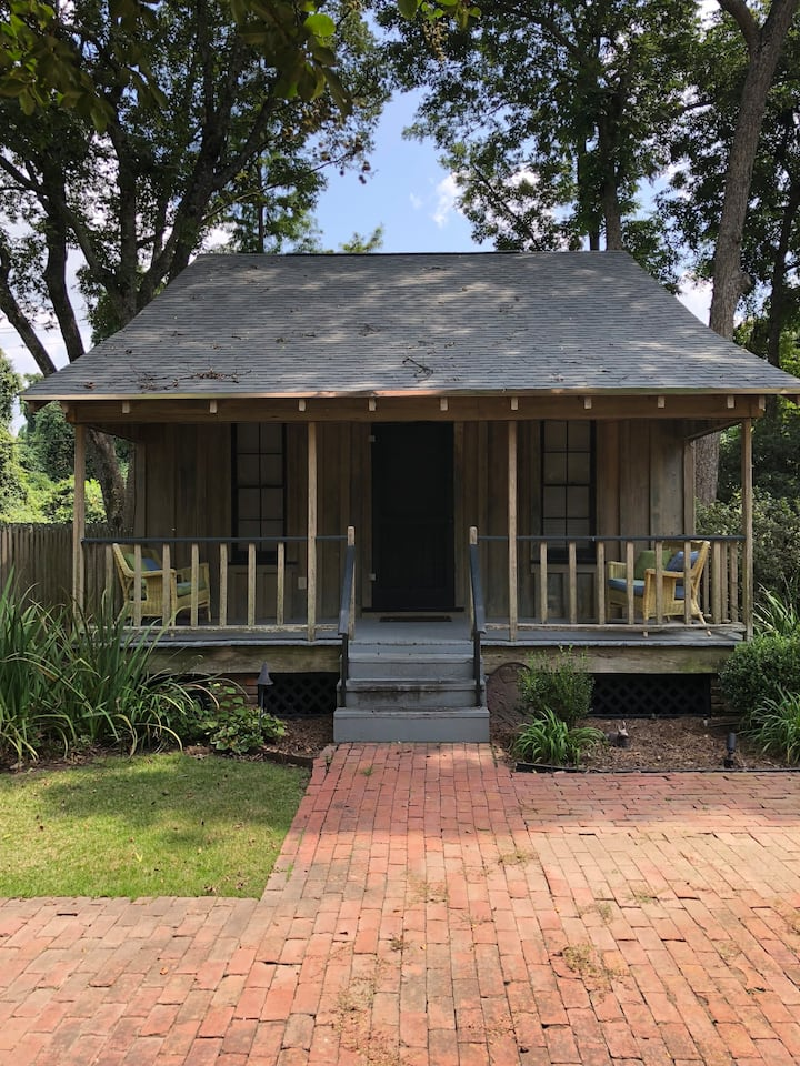 Bayou Road Guesthouse