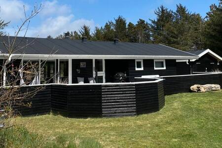 Modern and cozy cottage near Saltum Strand