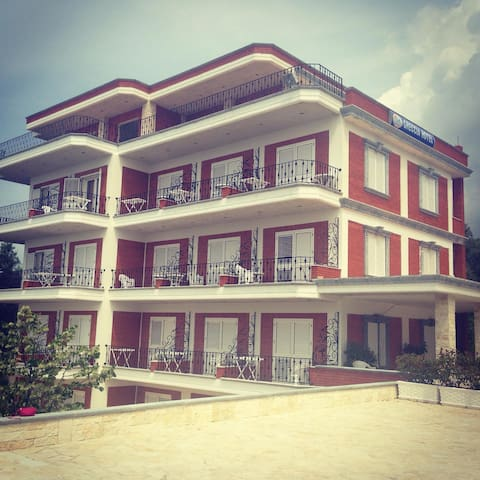Greccia Hotel Dhermi - Dhërmi