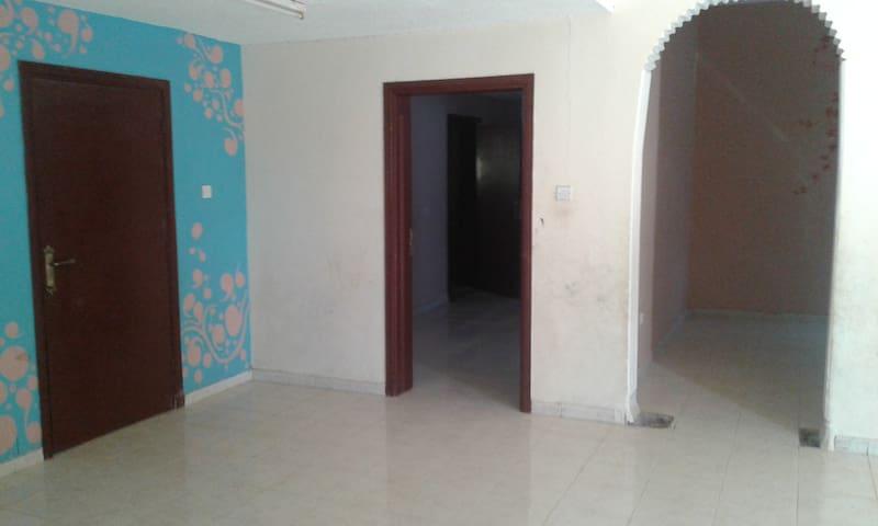 Fortune villa for 20 guests, Al Ain, Al Daher
