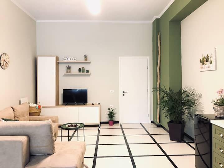 🌿Olive Green Apartment - URBAN STAY SARANDA