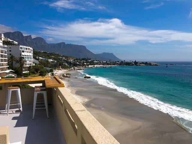 Clifton Beach Apartment with Amazing Views