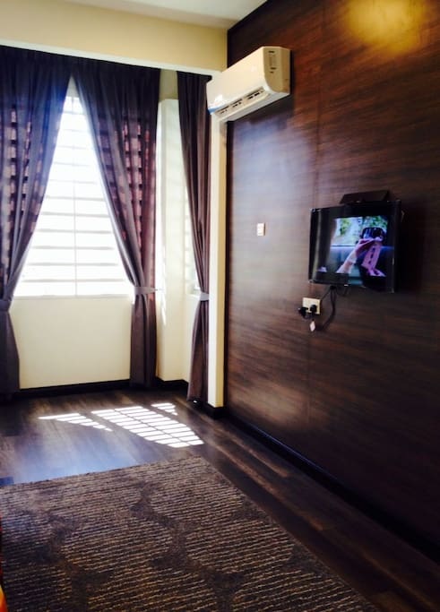 Master bedroom with aircond and TV