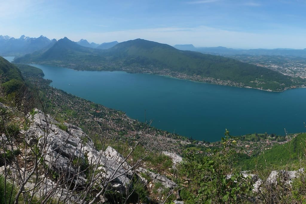 Vue depuis le sommet du mont Veyrier