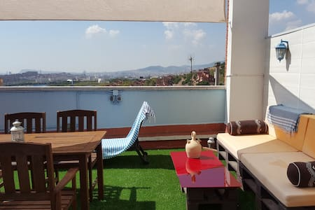 HUGE TERRACE WITH AMAZING SEA AND CITY VIEWS!!!! - Badalona