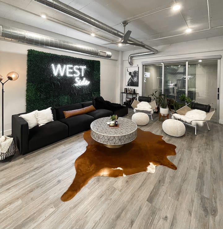 Modern SLC Penthouse | Business/Family/Ski travels