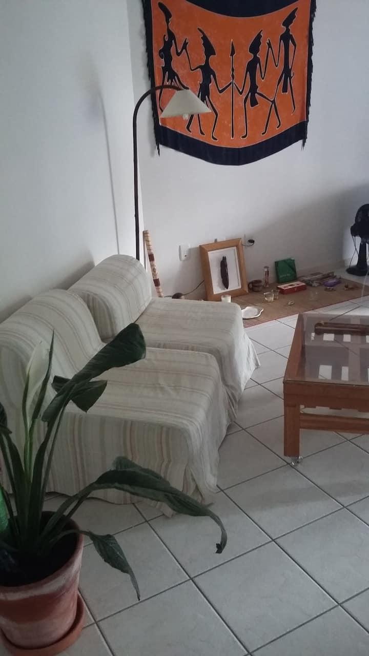 Apartamento de 1 quarto (3 pessoas) bem localizado