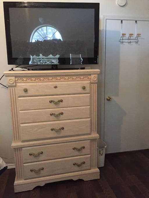 Guest room TV and dresser