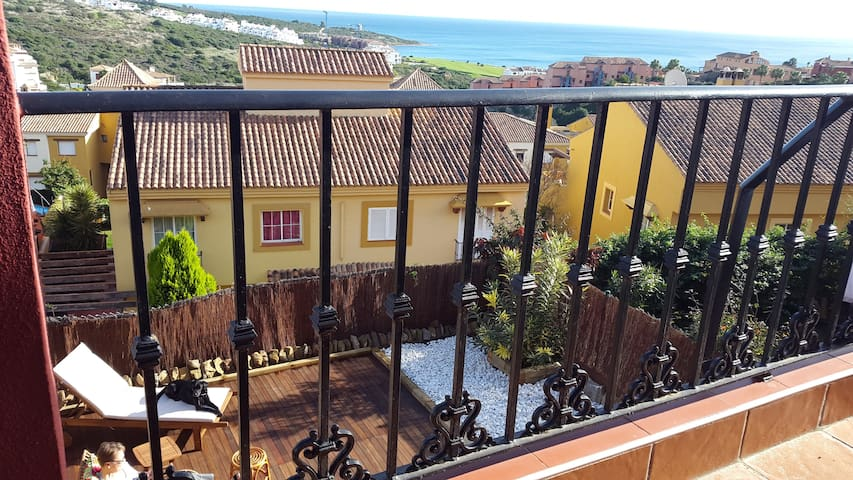 3 Bedroom house with Sea views - La Alcaidesa - Hus