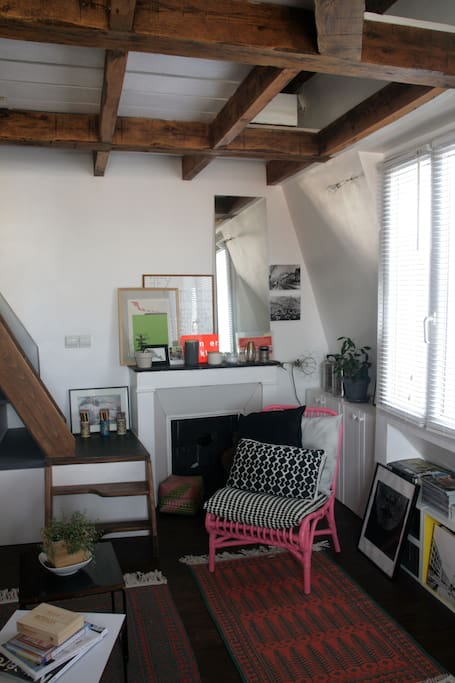 artist studio loft in paris apartments for rent in paris le de france france. Black Bedroom Furniture Sets. Home Design Ideas