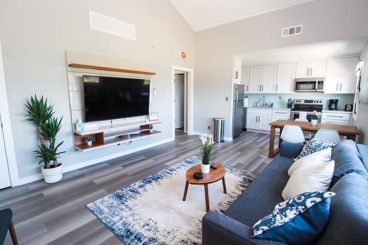 Luxury 2 bedroom home with OCEAN VIEWS!