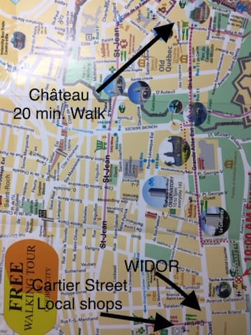 The house (Widor) is 10 min walk from Old Quebec and 20 min walk from Chateau Frontenac