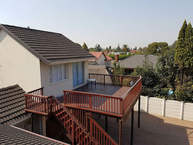 Very comfy and funky 4 sleeper - Alberton - Apartment