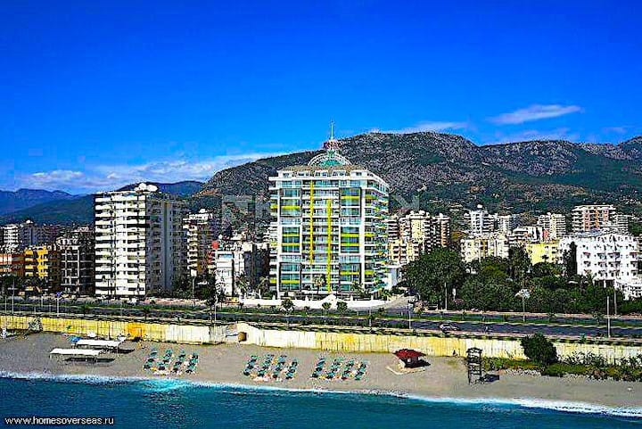 Luxury 1+1 Seaside Apartment with Panoramic View