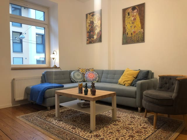 Very cozy,beautiful apartment in Cannstatter Wasen