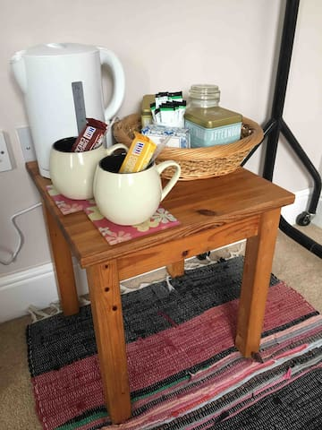 Tea (including a range of herbal and fruit) and coffee (caffeinated and decaffeinated) making facilities provided in the room.