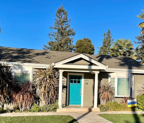 3/2 Family Home Close to Downtown Mountain View