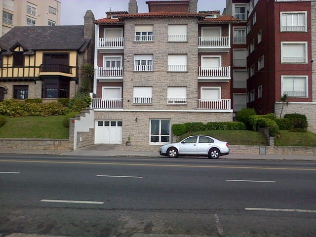 DEPARTAMENTO PLAYA GRANDE EDIFICIO FRENTE AL MAR - Mar del Plata - Apartment