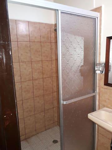 B-aparts Habitaciones Privadas. - Bay Islands Department, HN - Wohnung