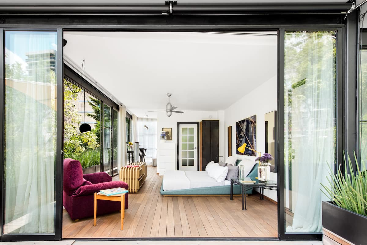 Condesa Apartment with a Leafy Terrace