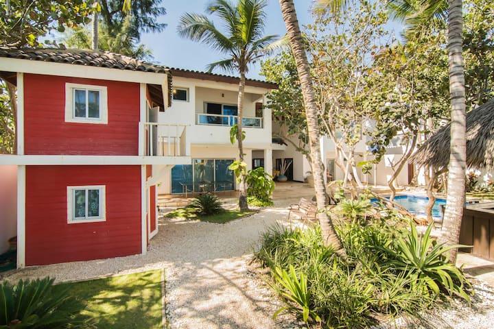 Beach House: La Casita 50
