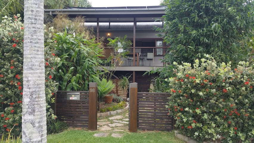 Bayside Boutique Cottage - Nudgee Beach - Casa