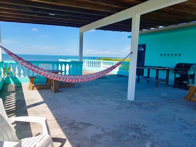 See Belize COZY Studio 5 Miles from Airport w POOL