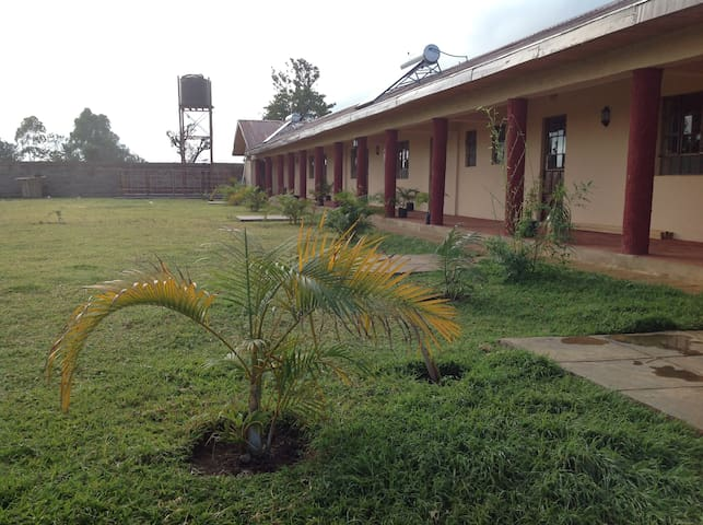 Garden Houses Kenya - Igoji, Meru Room 1