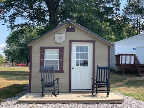 Flash Lodge Add-on Cabin-Pamela's Diamond