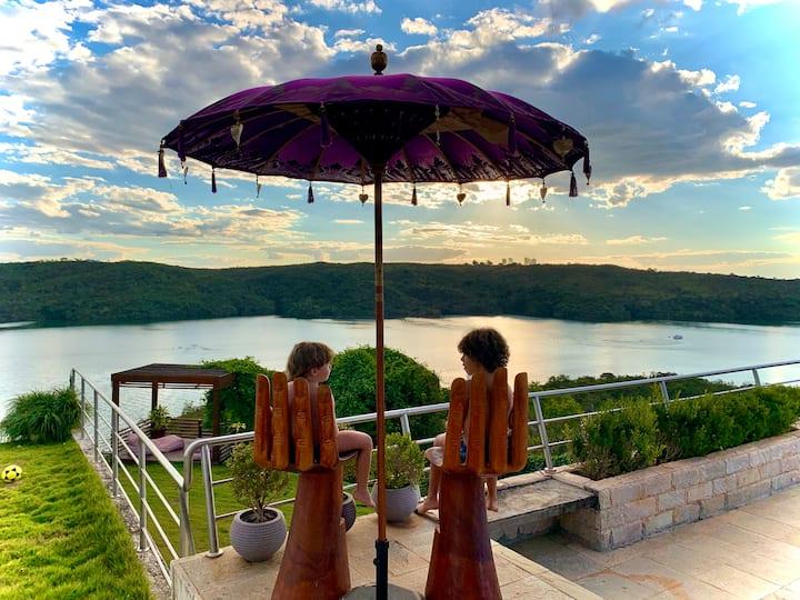 Luxuosa Casa de Campo - vista espetacular do lago!