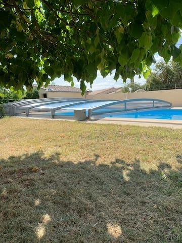 Appartement Sud-Ardèche avec piscine privée