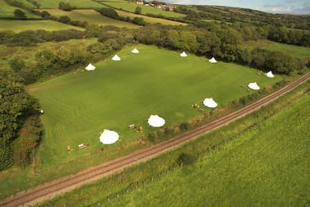 Luxury Bell Tent 2 -Beavers Retreat Glamping - Pembrokeshire - Tipi (indián sátor)