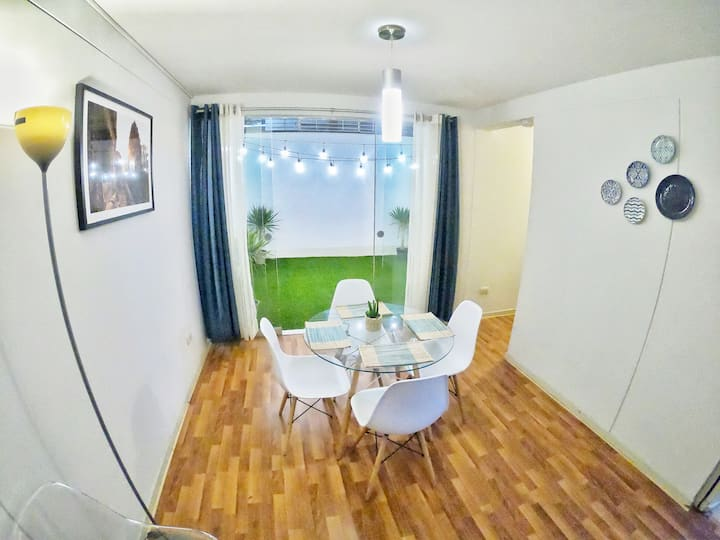 Beautiful flat, 7 minutes from the mainsquare!