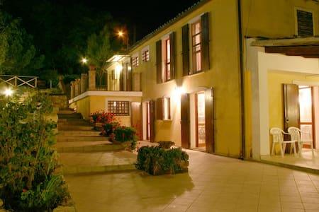 Exclusive Country House & Pool - Whole House - Poggio Morello