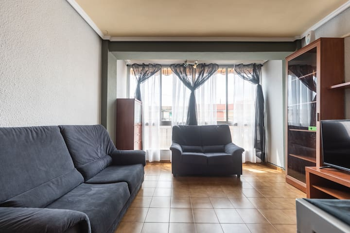 Apartment in Valencia 5 minutes from the beach
