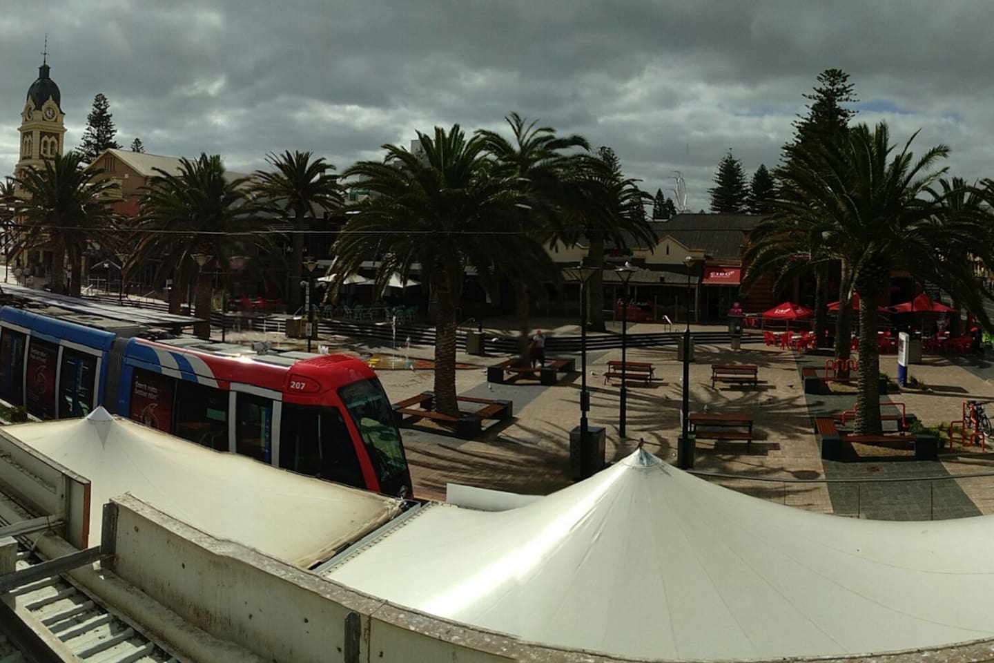 Balcony view - Mosley square, Town hall and Sea!!!