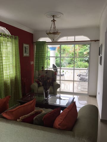 Great 3 bedroom house amazing view - Samana - Huis