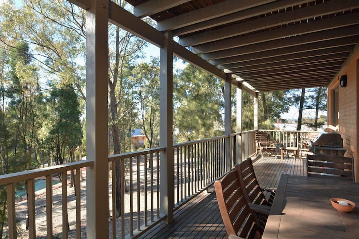 Villa 4br Vignerons Lodge Resort Condo located within Cypress Lakes Resort (nothing is more central)