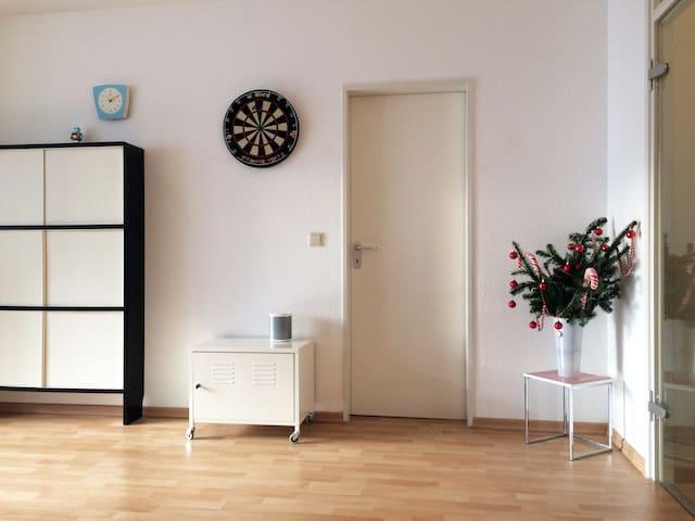 Schöne moderne 2 Zimmer-Wohnung in Köln-Ehrenfeld - Köln