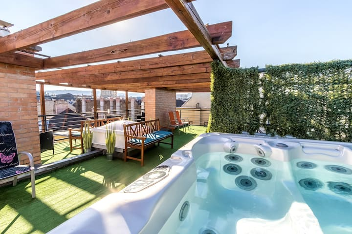 Harmony penthouse 300m2, 5 bedrooms, Hot tub