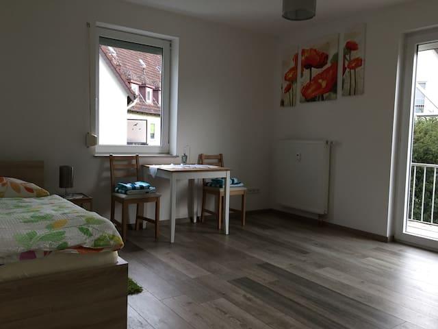 Neu Renovierte Wohnung - Herford - Huoneisto