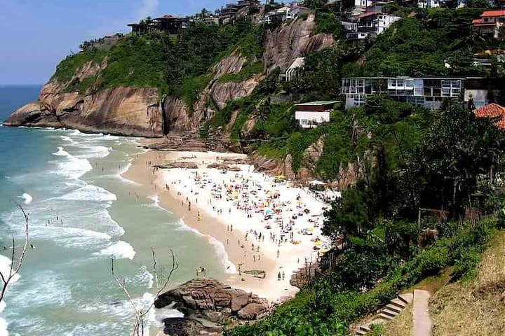 Suite for 2 in Joá with breakfast and Garage - Rio de Janeiro
