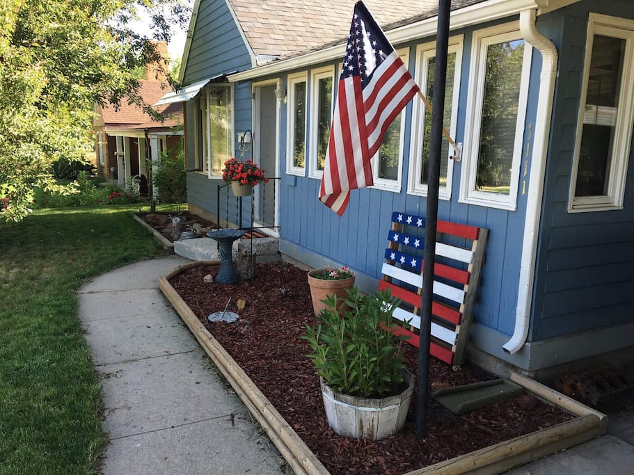 We are very patriotic around here and our town comes alive during the summer months with 4th of July celebrations, Rodeos, and the Carnival.