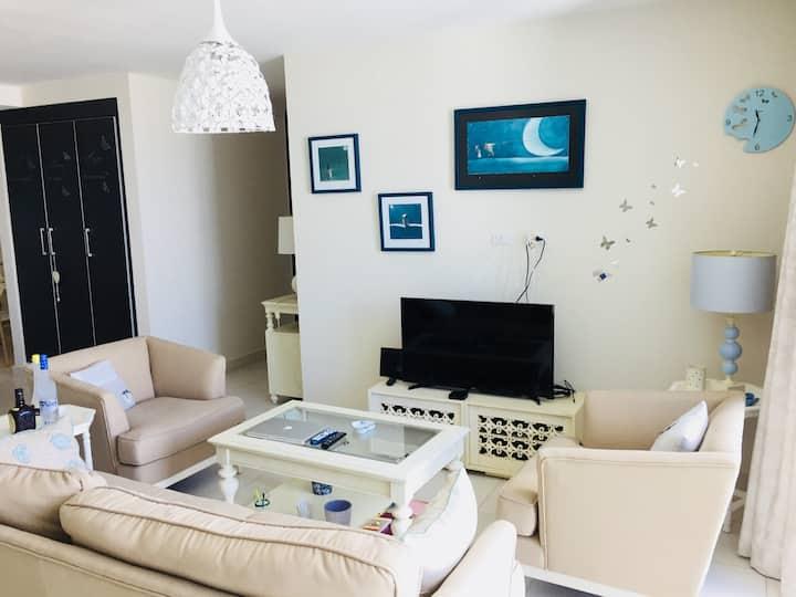 Moderno apartamento con excelente ubicación