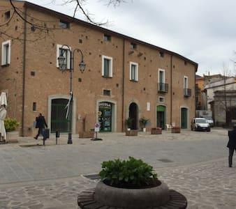 Palazzo di Lorenzo Cilento - Annat