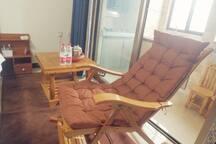 温江区大学城西南财大地铁四号线万盛站舒适中式风格实木家具